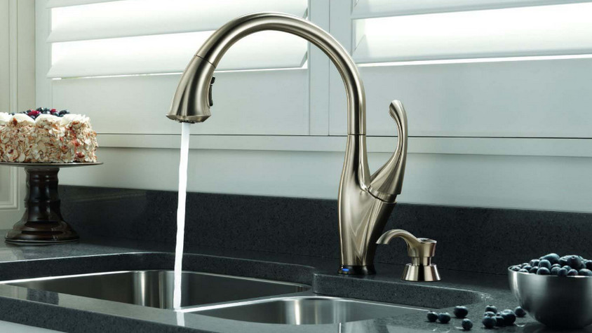 Delta Ashton Touch2O Kitchen Faucet Review for Every Home Owner