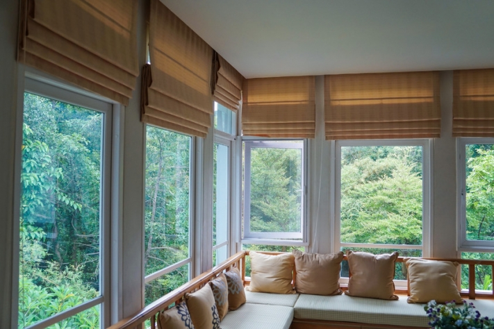 Stringless Blinds Advantages for Every Household with Small Children