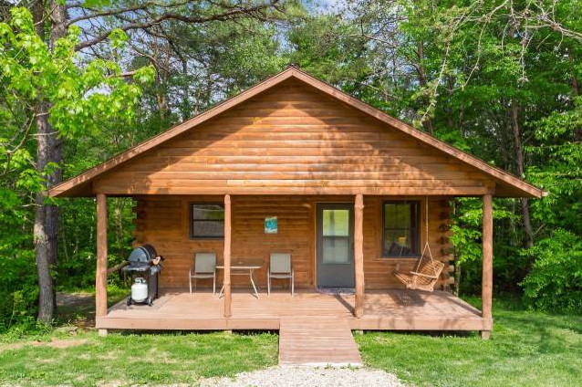 Hocking Hills Romantic Cabins for 2