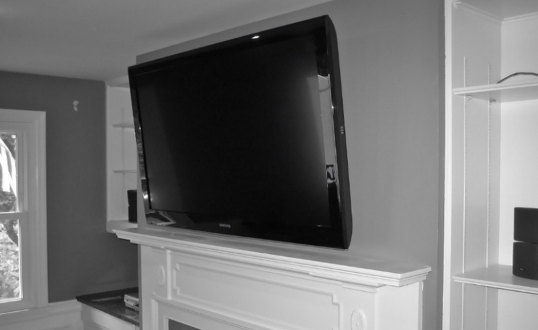 Mounting TV above Fireplace Hiding Wires, and Two Methods to Organize The Cables